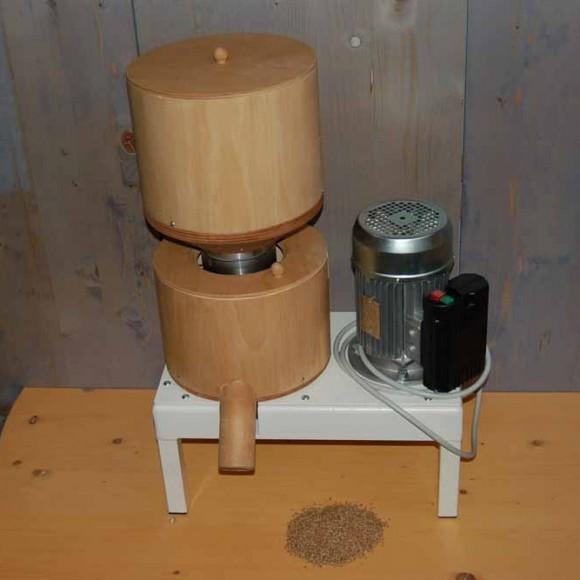 molino-elettrico-tavolo1-870x667